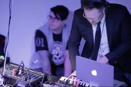 Innovative Laptop Battle with Mackie Sound System