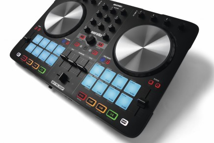 Reloop Beatmix series now available in black edition.