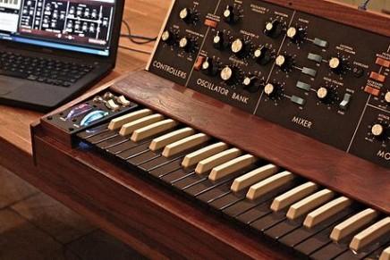 Minimoog Replica Controller by Paul McGeechan
