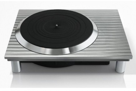 Panasonic to Unveil Technics Direct Drive Analog Turntable Prototype