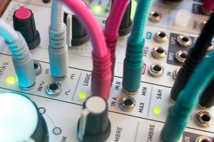 Mutable Instruments announces Kinks analog signal mingling and mangling
