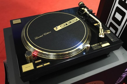 Reloop shows limited RP-7000 golden edition at Musikmesse 2016