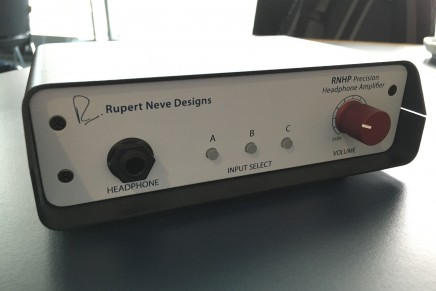 Rupert Neve Designs RNHP headphone Amplifier – Gearjunkies review