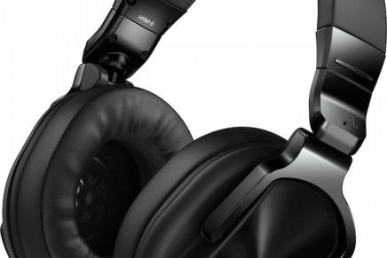 Pioneer announces HRM-5 and HRM-6 studio headphones