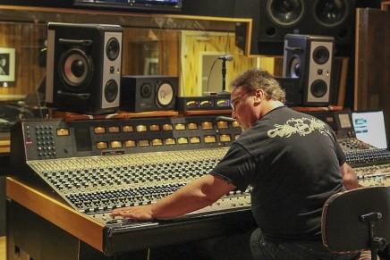 Ross Hogarth Lends an Ear for the New Manley ELOP+