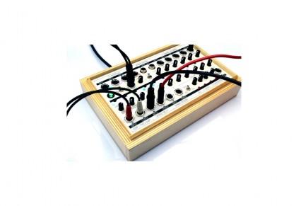 Koma´s FIELD KIT FX – CV Controlled Multi Effects Processor on Kickstarter
