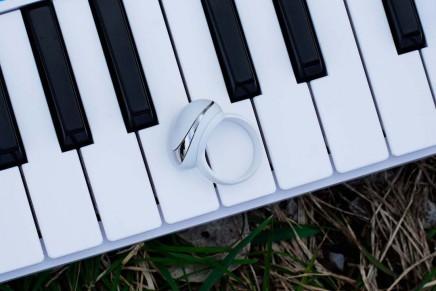 Enhancia launches MIDI ring controller Neovaon Kickstarter