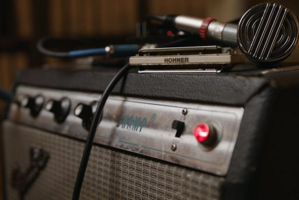 The New Standard in Harp Microphones – The Harp Blaster HB52 from sE and HOHNER