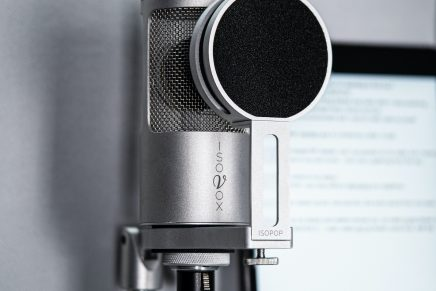 ISOVOX introduces ISOMICTM for vocal booth recording