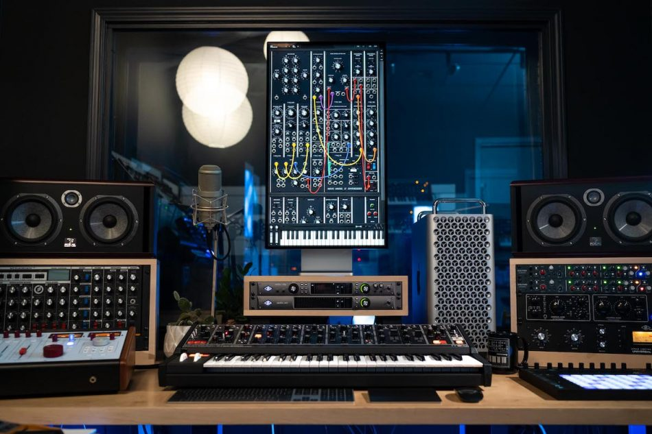 Moog's Model 15 Modular Synthesizer App Is Now Available as a VST