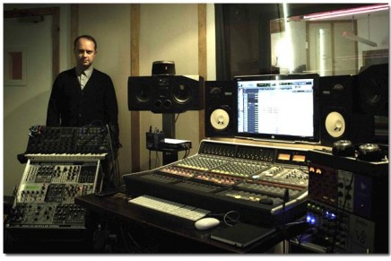 Acclaimed producer Luke Smith installs Matrix in London Studio