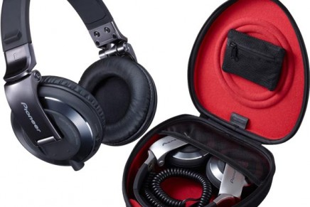 Pioneer unveils black chrome version of HDJ-2000 Headphones
