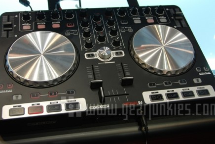 Reloop Beatmix 2-channel controller for Virtual DJ