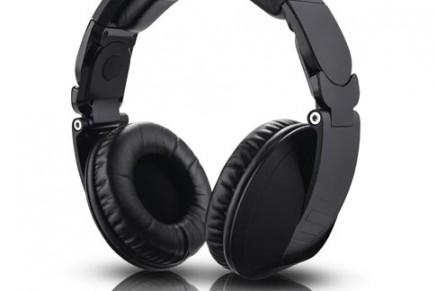 Knight Edition of the Reloop RHP-20 available
