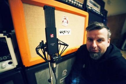 James Loughrey talks sE Electronics VR2 as Mic of Choice