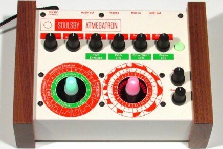 Soulsby Atmegatron monophonic 8-bit digital synthesizer – Gearjunkies review