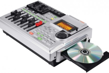 New VF80EX and VF160EX multitrackers from Fostex